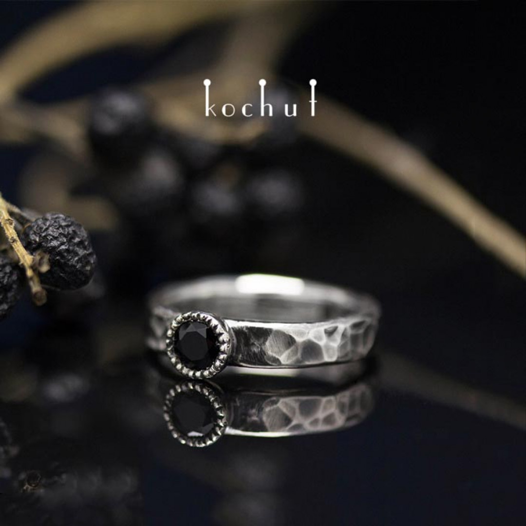 "Ring ""Vitamin"". Silver, black spinel, oxidation"