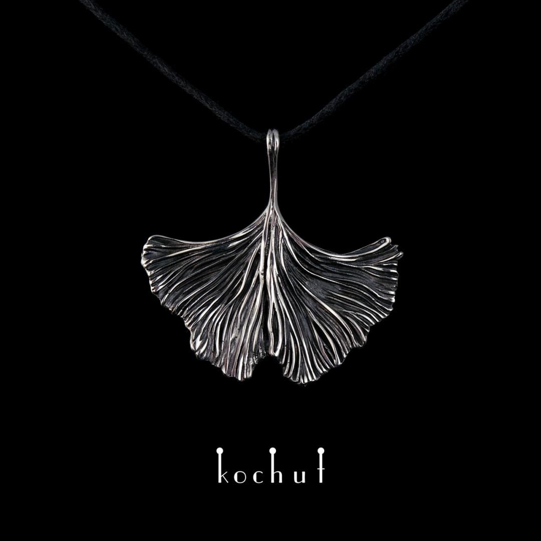 """Pendant """"Ginkgo tree leaf"""". Silver, oxidation"""