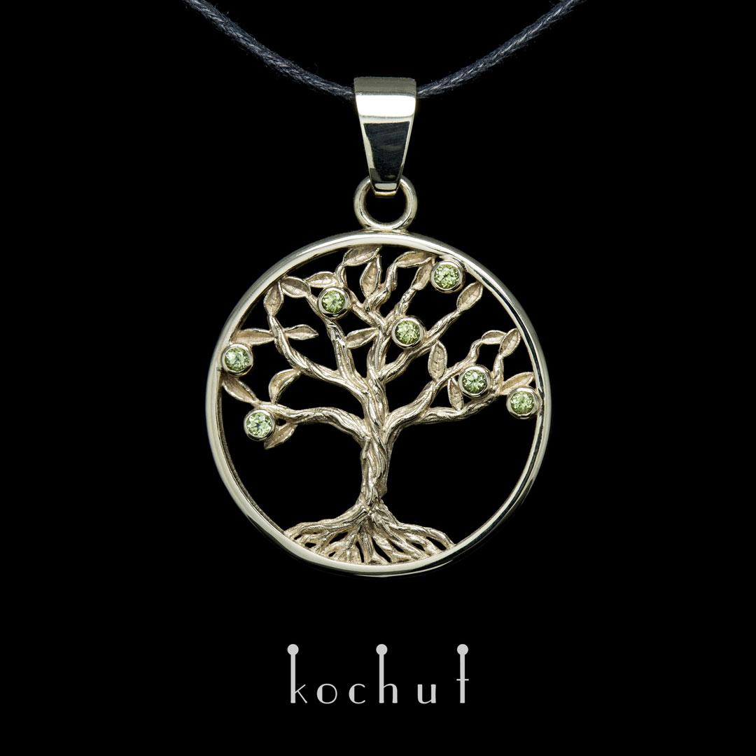"Pendant ""Mint tree"". White gold, chrysolites"