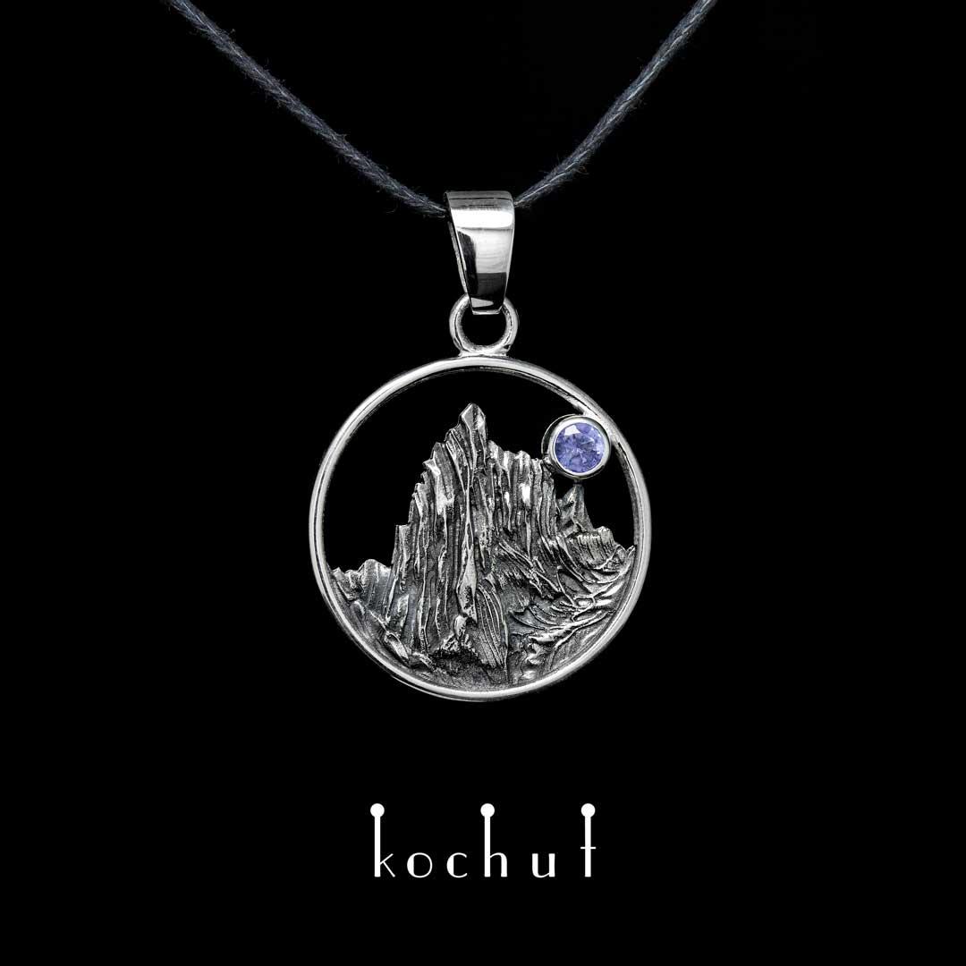 "Pendant ""Enchanted peak"". Silver, oxidation, tanzanite"