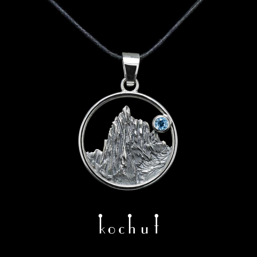 "Pendant ""Enchanted peak"". Silver, oxidation, topaz"