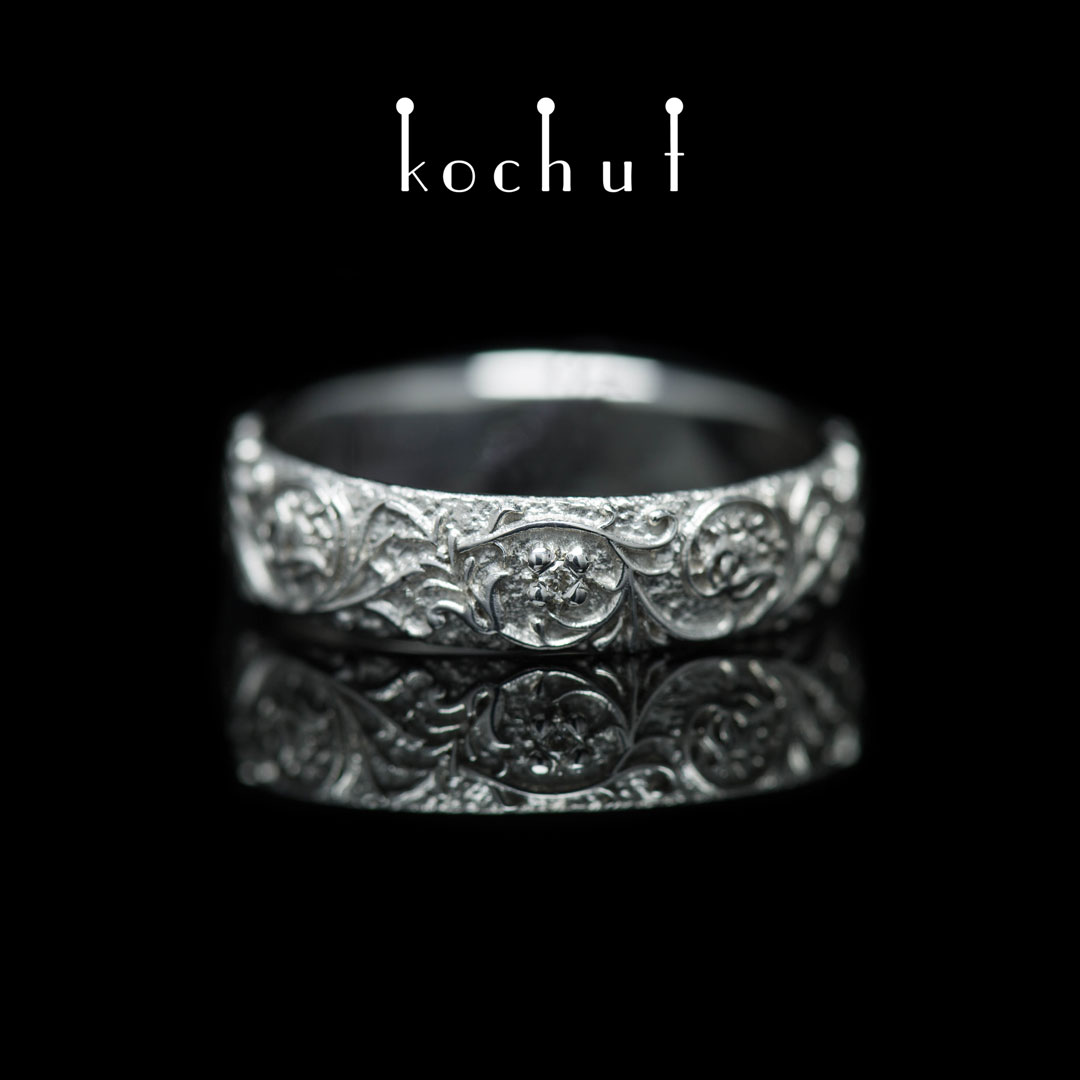 Ring «Harmony of nature.» White gold, diamond, white rhodium
