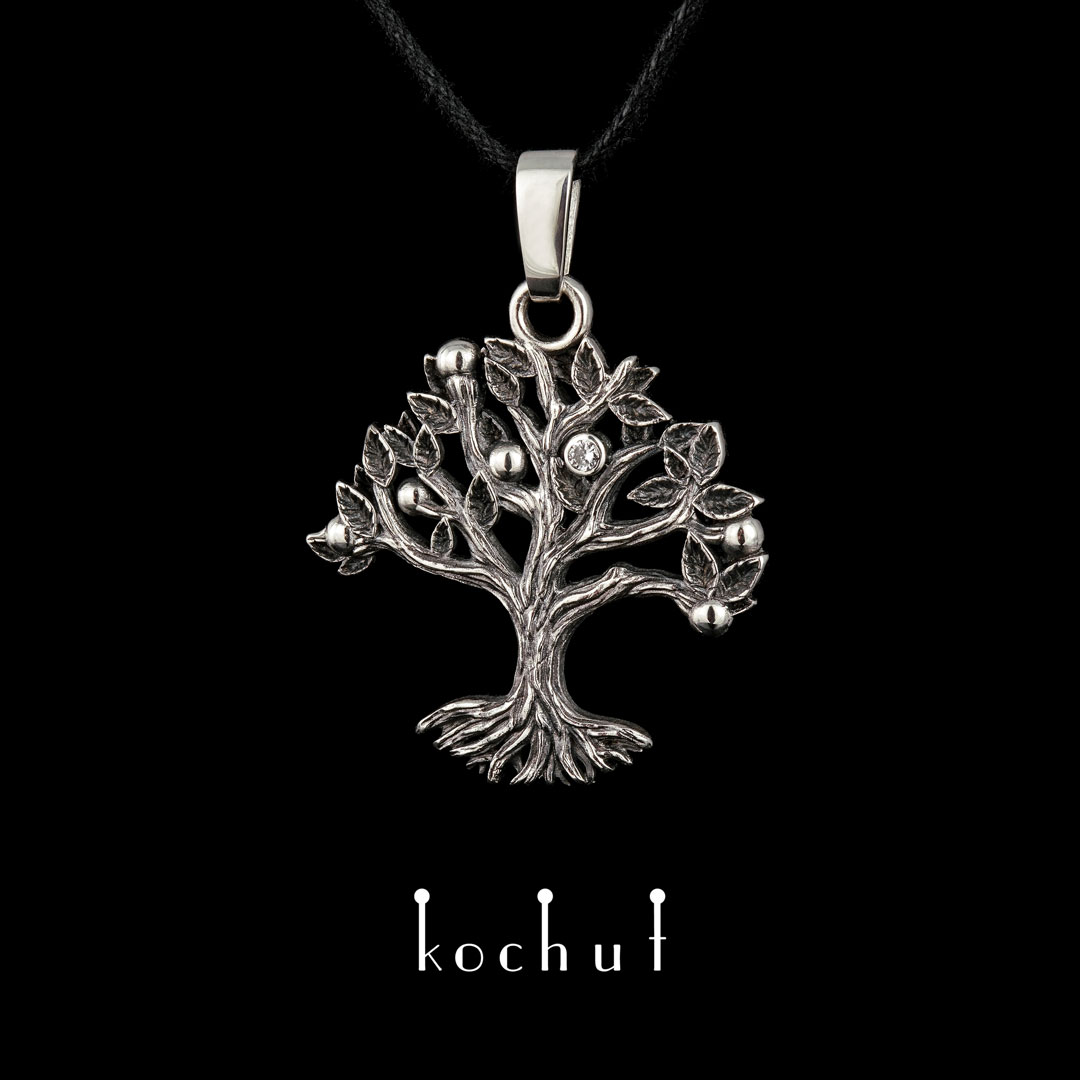 Pendant «Tree». Silver, oxidation, diamond