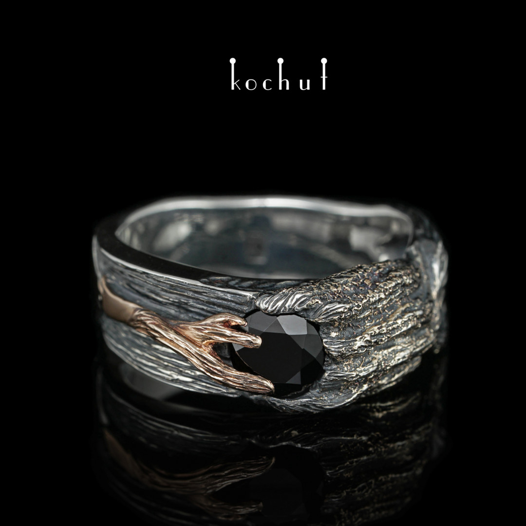 Ring «Vernydub». Silver, red gold, black spinel