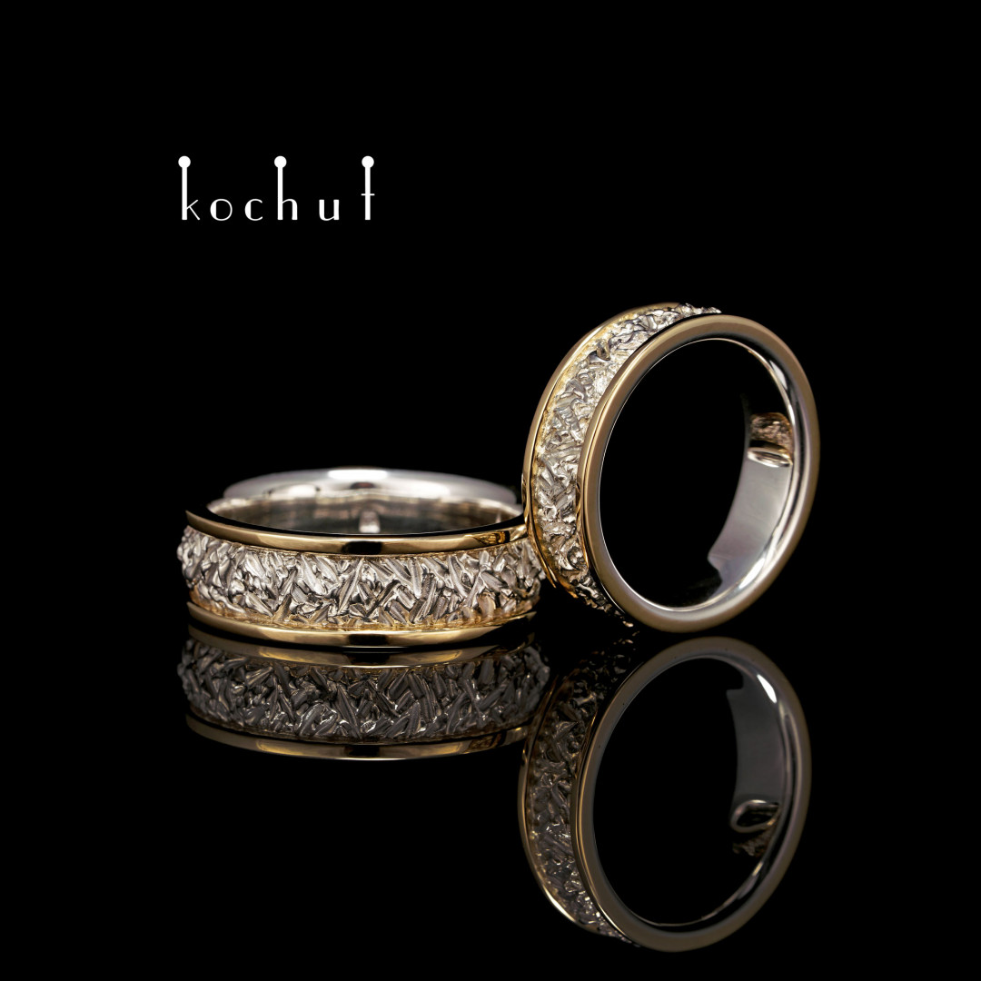 Engagement rings «Citadel» with two rims. Silver, yellow gold, diamonds