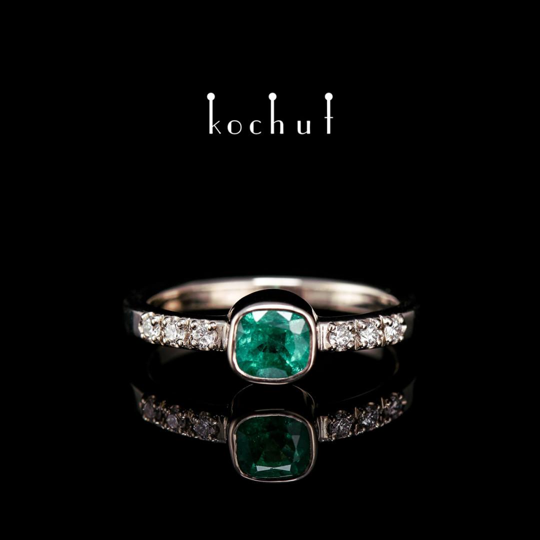 Engagement ring «Esmeralda». Palladium gold, emerald, diamonds