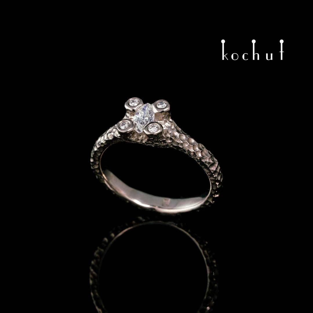 Engagement ring «Star Flower». Palladium 18K gold, diamonds