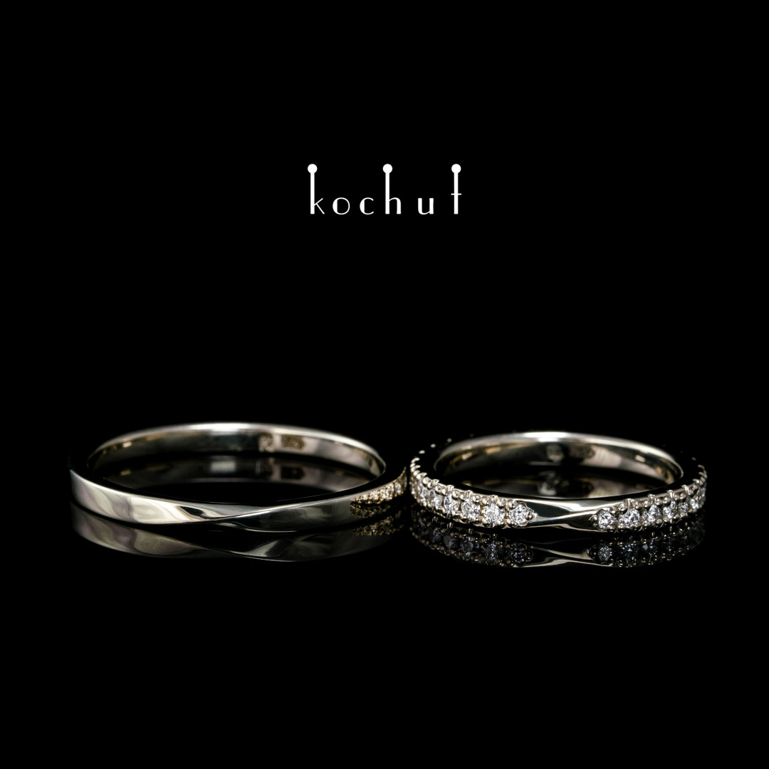 Narrowed wedding bands «Mobius Tape». White gold, diamonds