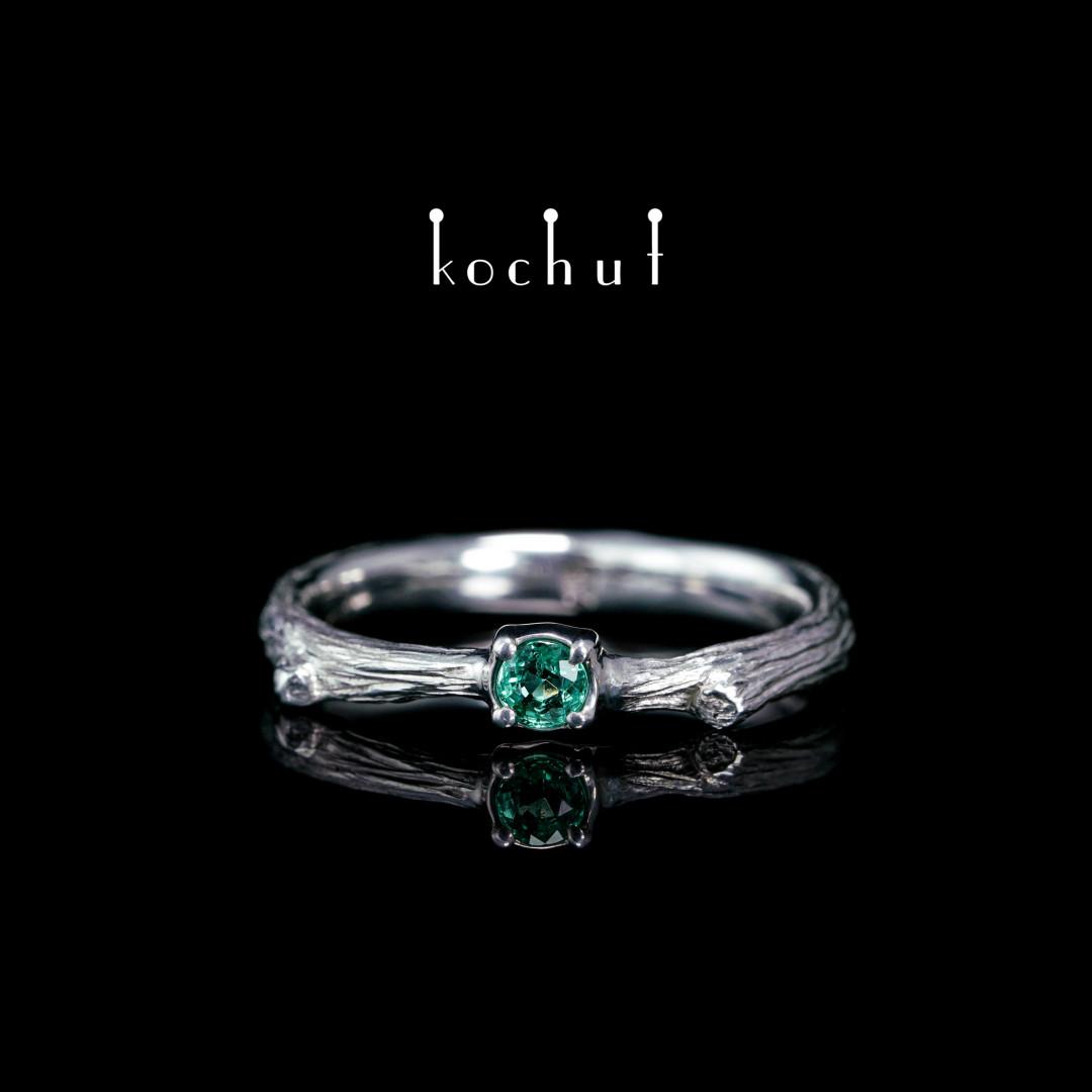 Ring «Fragile twig». Silver, white rhodium, emerald