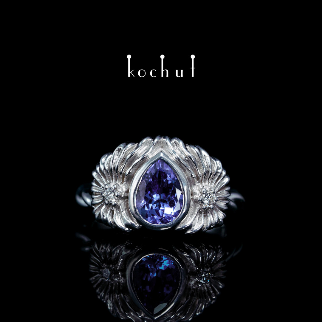 Ring «Titania». Silver, tanzanite, diamonds, white rhodium