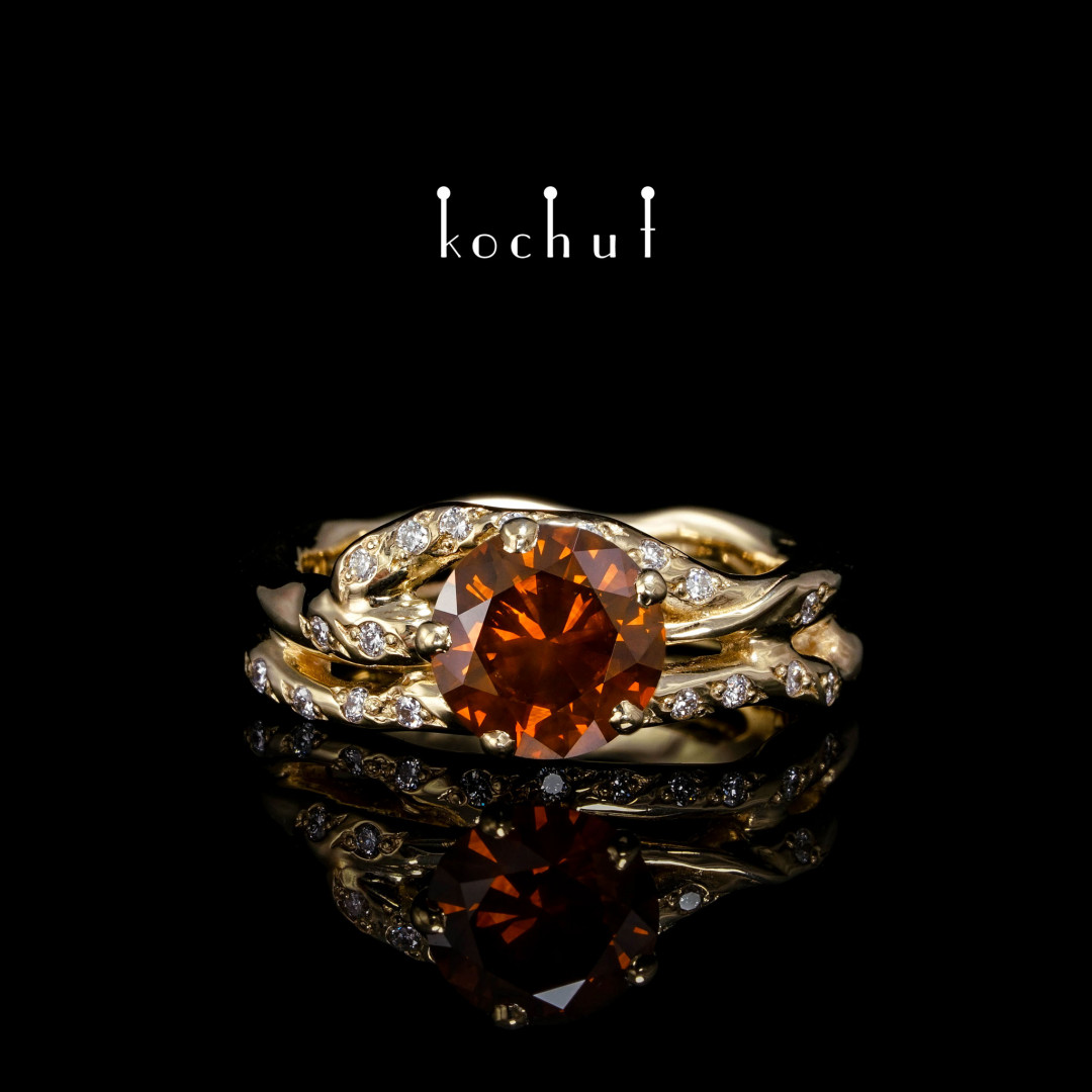 Ring «Cassiopeia». Yellow Gold, Brandy Diamond, Diamonds