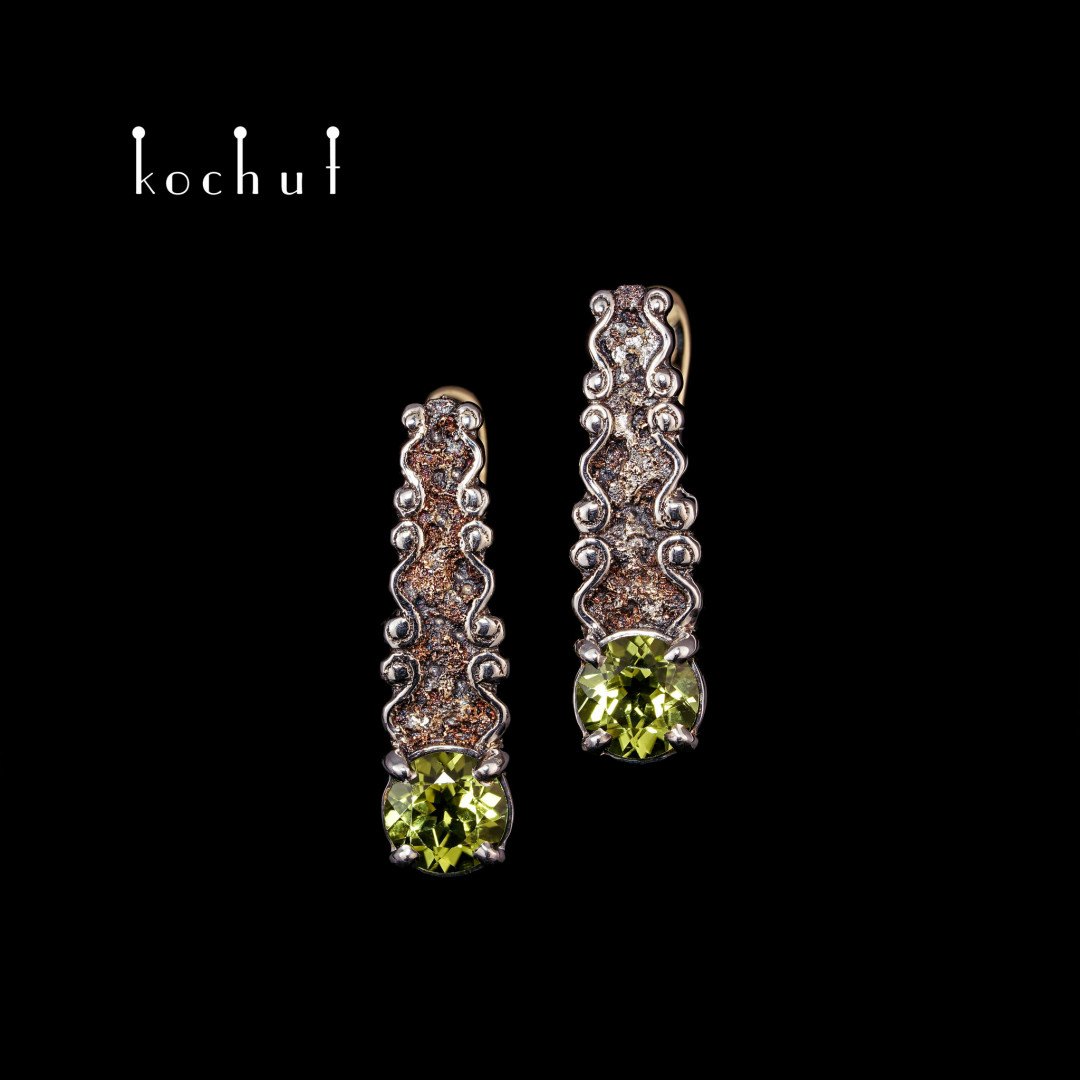 Earrings «Marquis». Silver, yellow gold, chrysolites