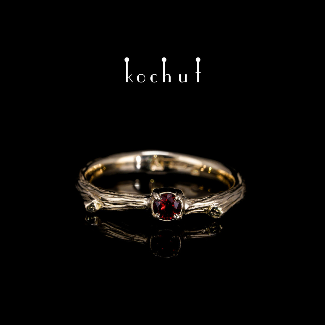 Ring «Fragile twig». Yellow gold, garnet