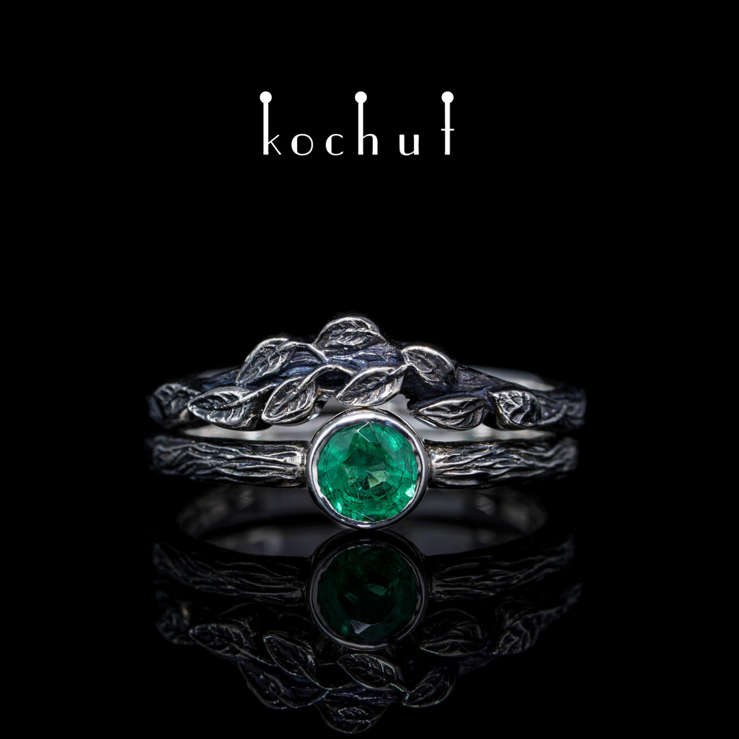Ring «First meeting». Silver, emerald, oxidation