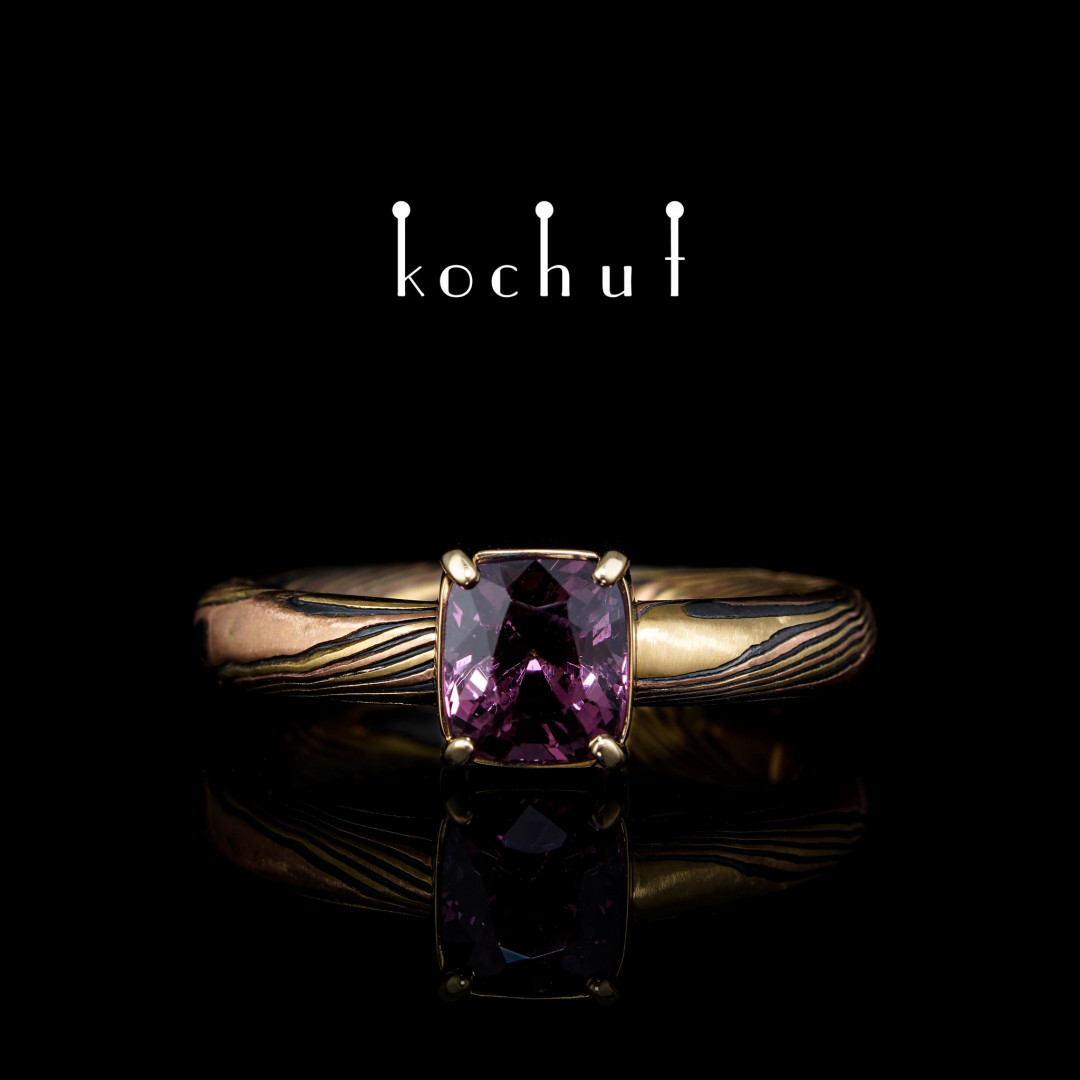 Mocume ring «Haiku». Red, yellow gold, etched silver, oxidation, spinel