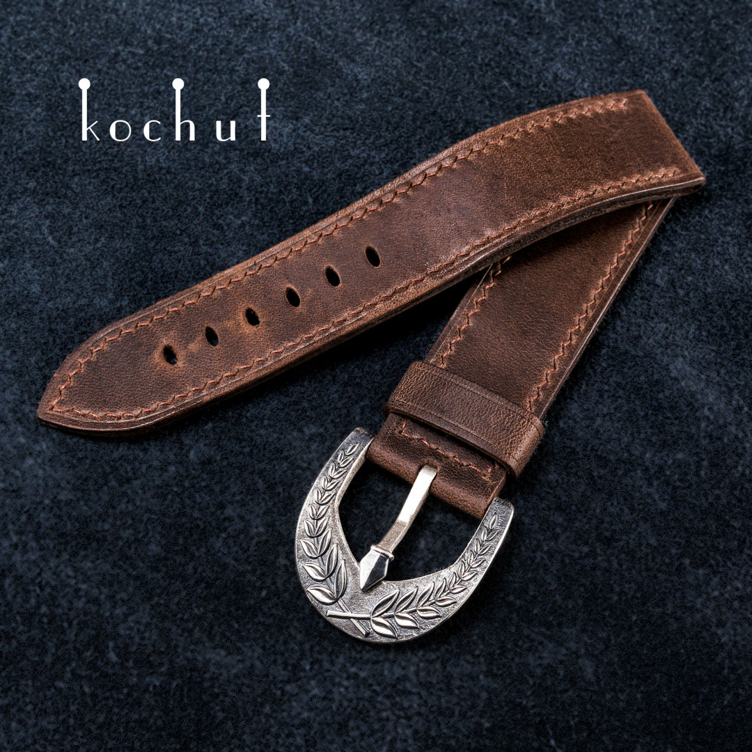 Leather strap for the clock «Victory». Silver, leather, oxidation