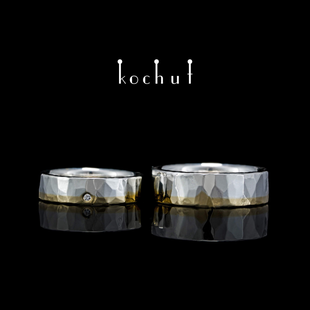 Flat-shaped wedding rings «Iceberg of feelings». Yellow gold, silver