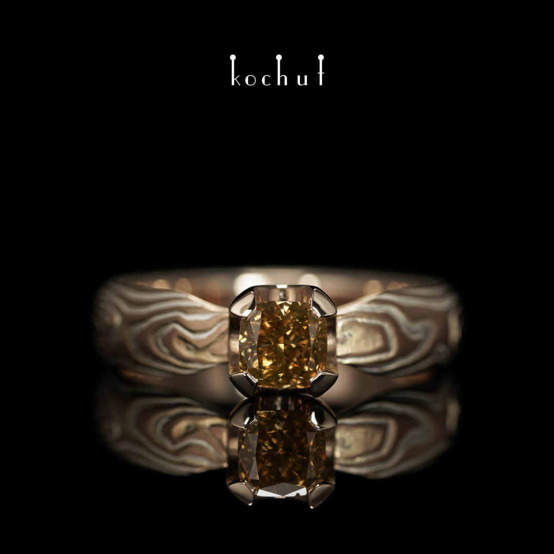 Mokume ring «Shibuy». Red gold, etched silver, diamond