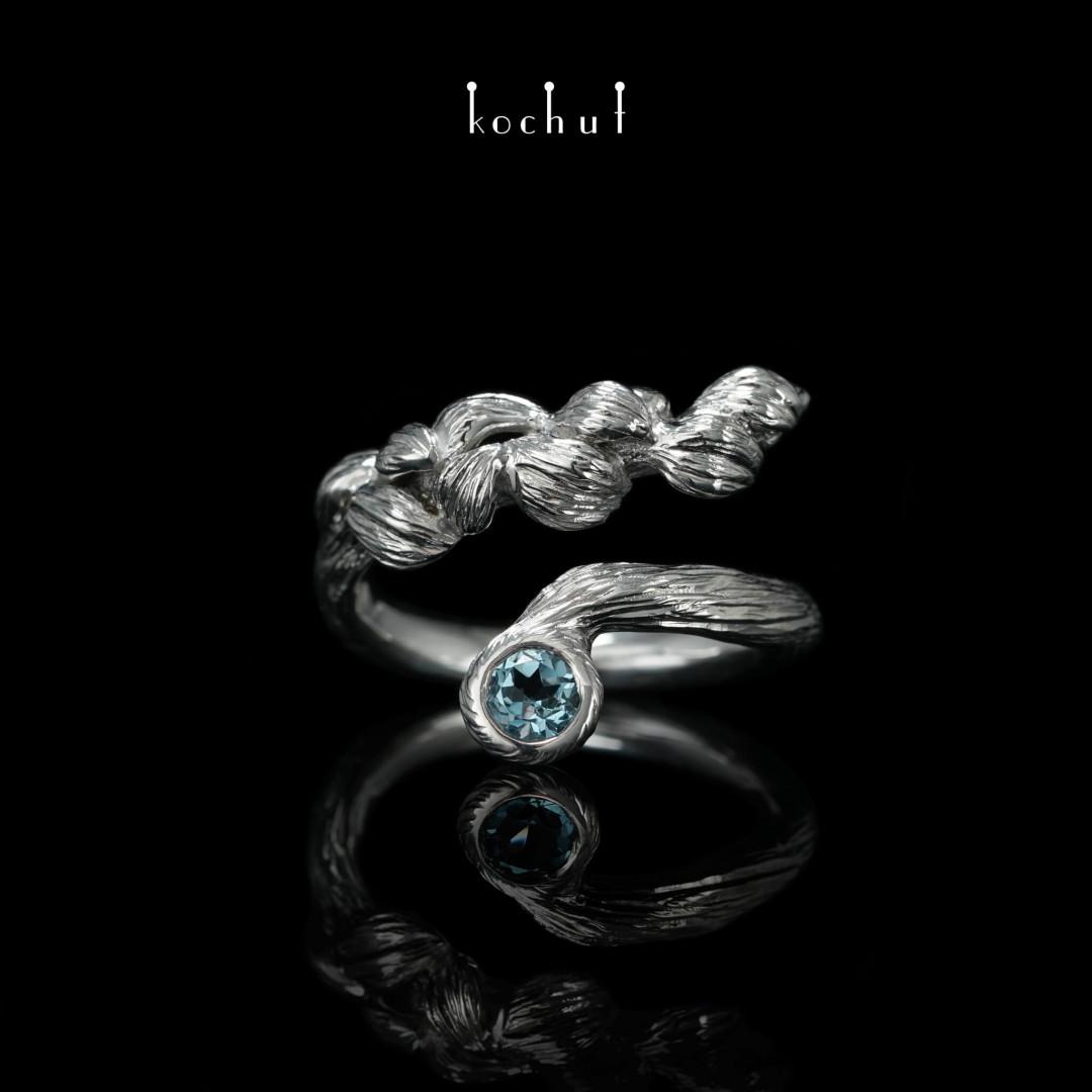 Ring «Flower Rhapsody». Silver, topaz, white rhodium