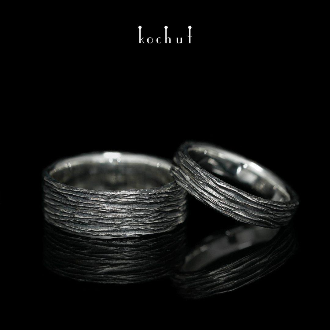 Flat-shaped wedding rings «Tree bark». Silver, oxidation