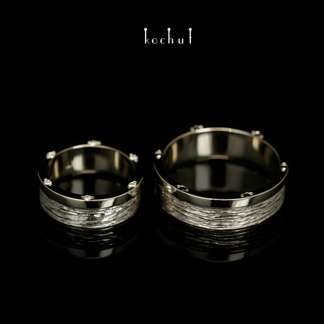 Wedding rings «Bark of a tree. With a rim». White gold, black diamond, white diamond, black rhodium