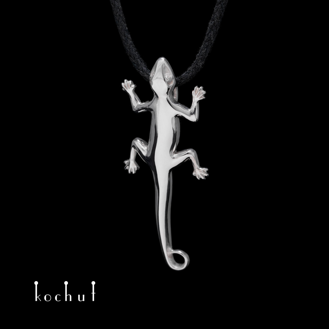 Pendant «Salamander». Silver, white rhodium