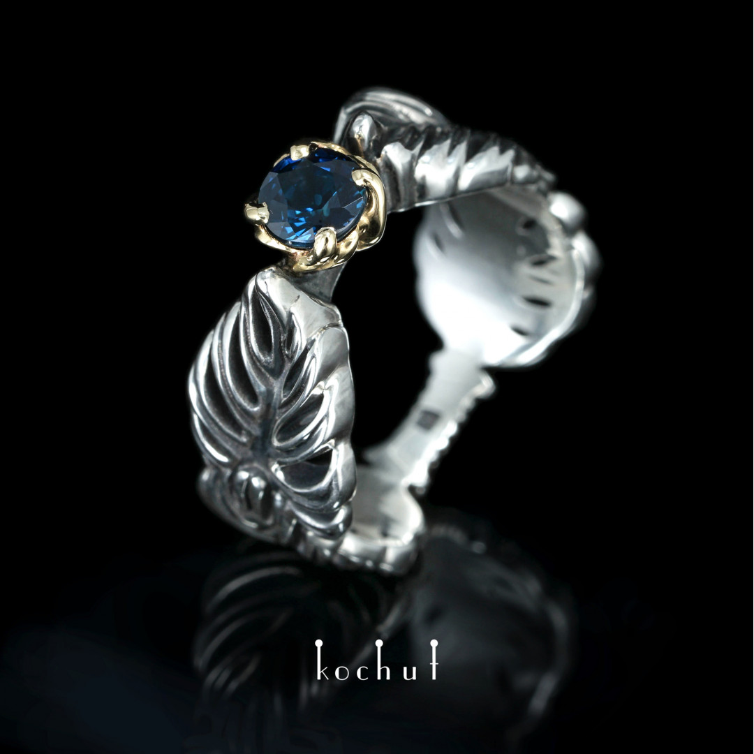 Ring «Embrace the vine». Yellow gold, silver, sapphire, oxidation