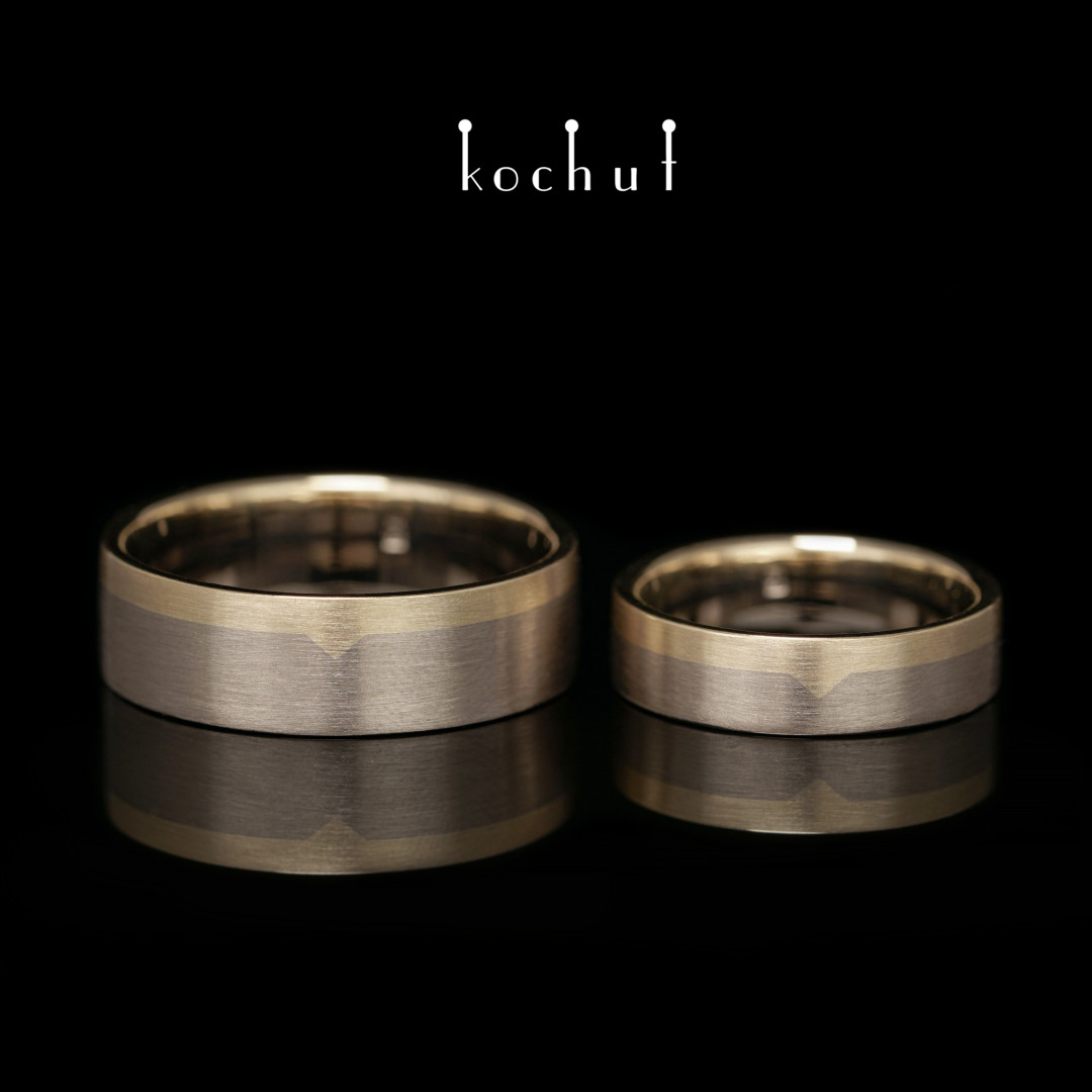 Flat-shaped wedding rings «The Last Frontier». Yellow gold, palladium gold