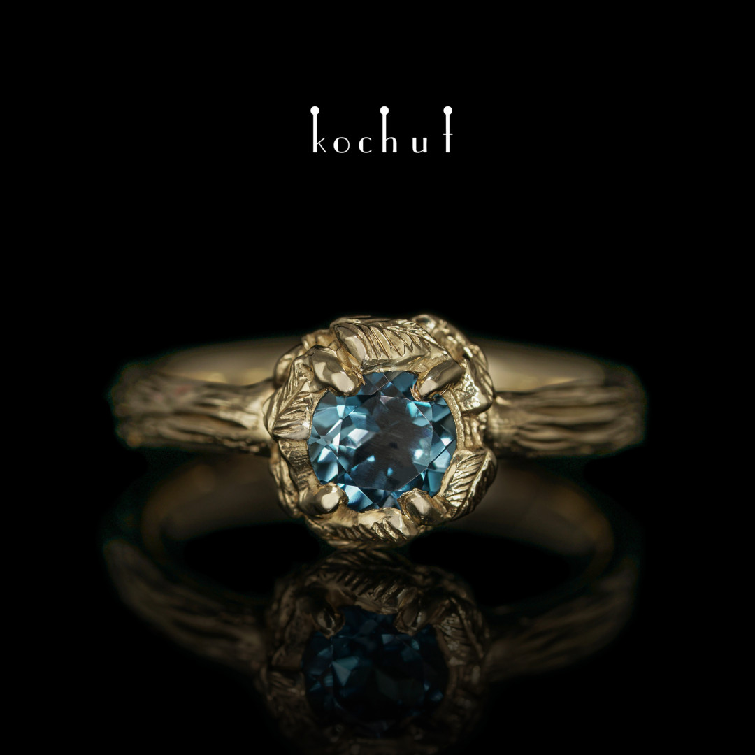 "Ring ""Sun Forest"". Yellow gold, topaz London Blue"