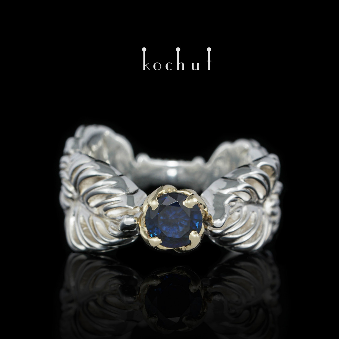 Ring «Embrace the vine». Yellow gold, silver, sapphire