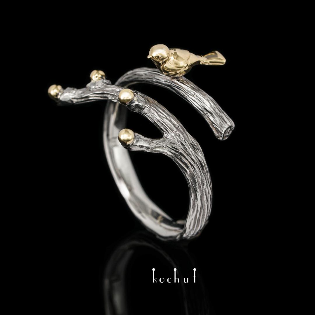 Ring «Bird». Platinum, yellow gold, black rhodium