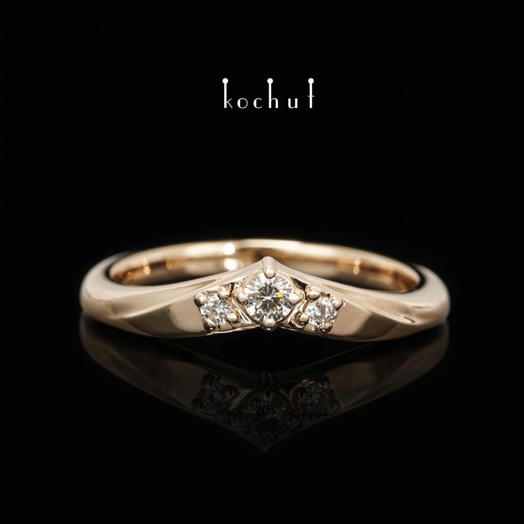 Ring «MyLady». Red gold, diamonds