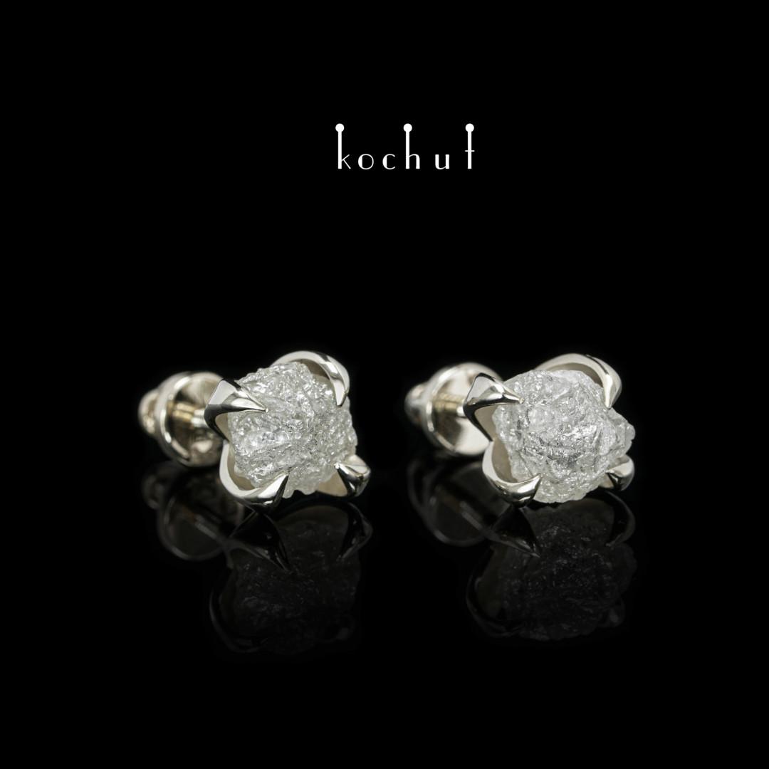 Earrings «Delicate flower». White gold, diamonds
