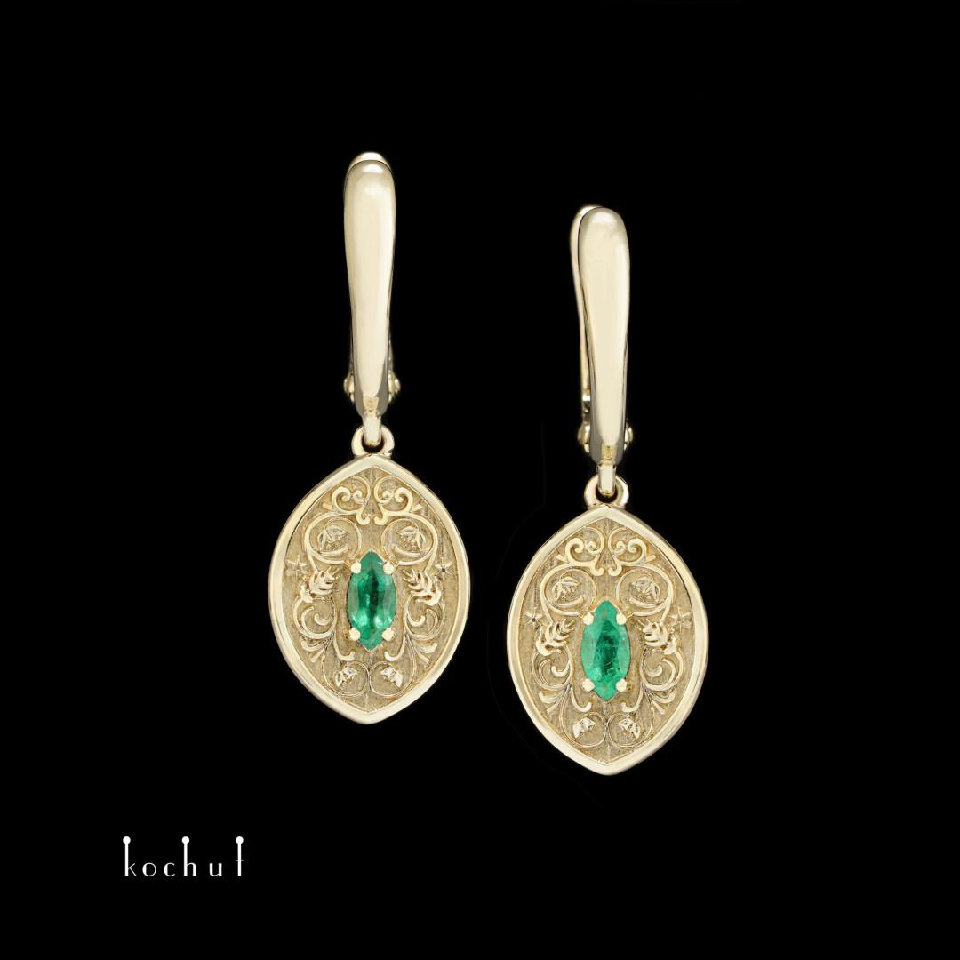 Earrings «Harmony ofNature». Yellow gold, emeralds