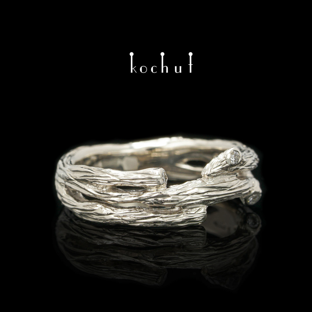 Twig — ring in white gold and diamonds