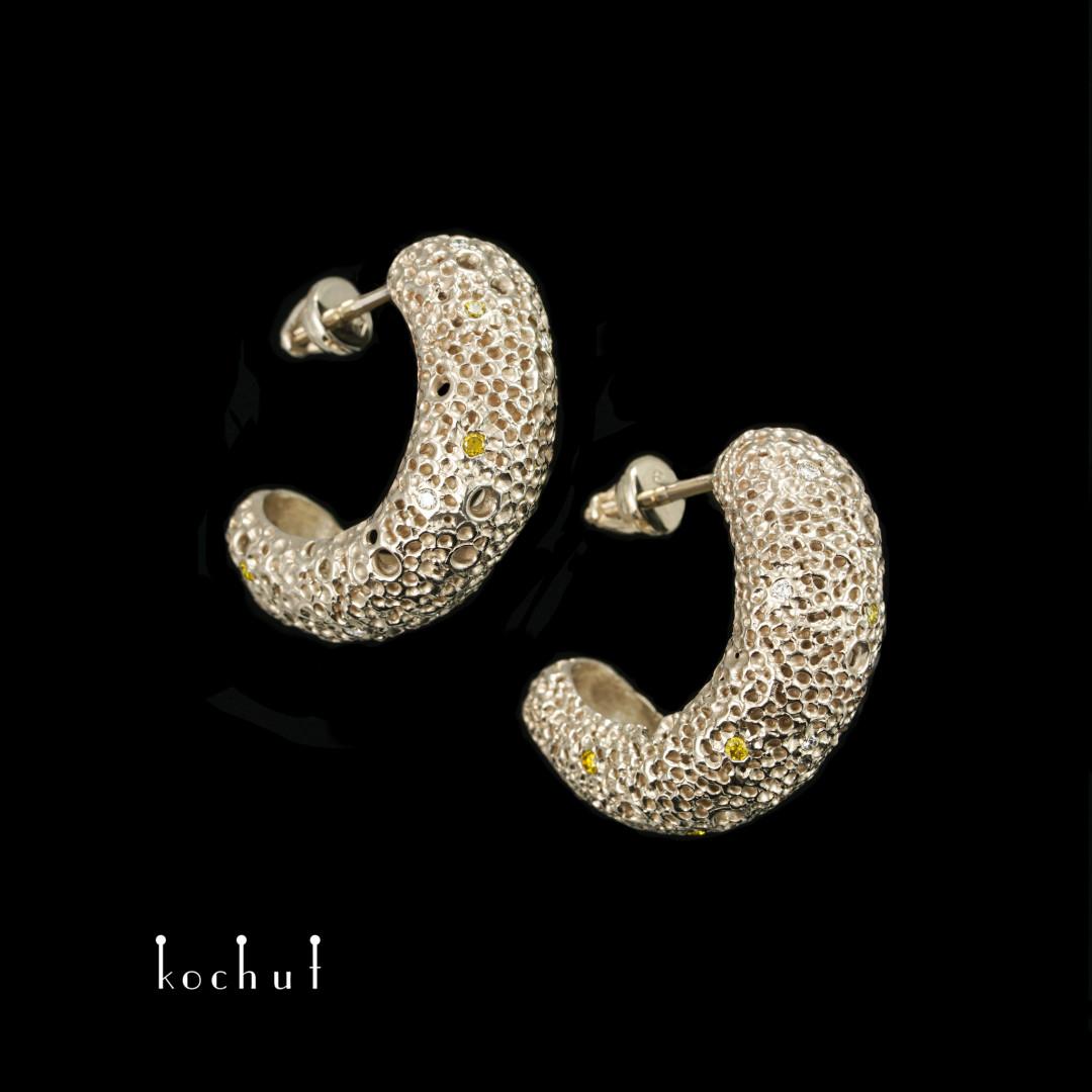 Earrings «Asteroid belt: light». White gold, diamonds